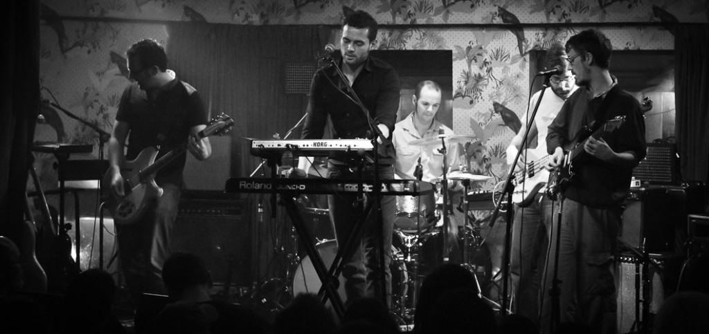 coves-and-caves-deaf-institute-18-11-2011-01
